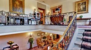 endicott house foyer interior